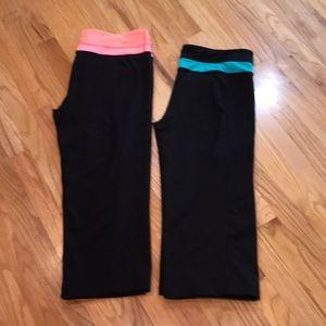 Kirkland workout capris, xl, two pairs